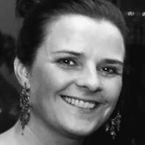 Íris Stefánsdóttir